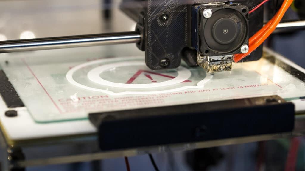 Une imprimante adaptée pour réaliser l'impression de vos badges